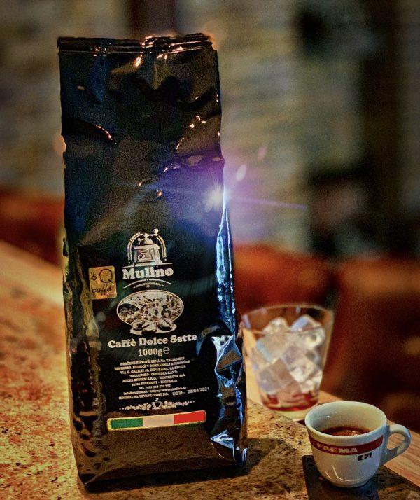Dolce Sette je stredne pražená kávová zmes